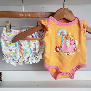 Buster Brown 0-3M Bodysuit and Shorts Set